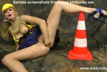 Kinkyniky fuck her ass with huge traffic cone