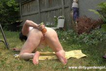 Dirtygardengirl take in ass pinaple dildo in the garden & anal prolapse